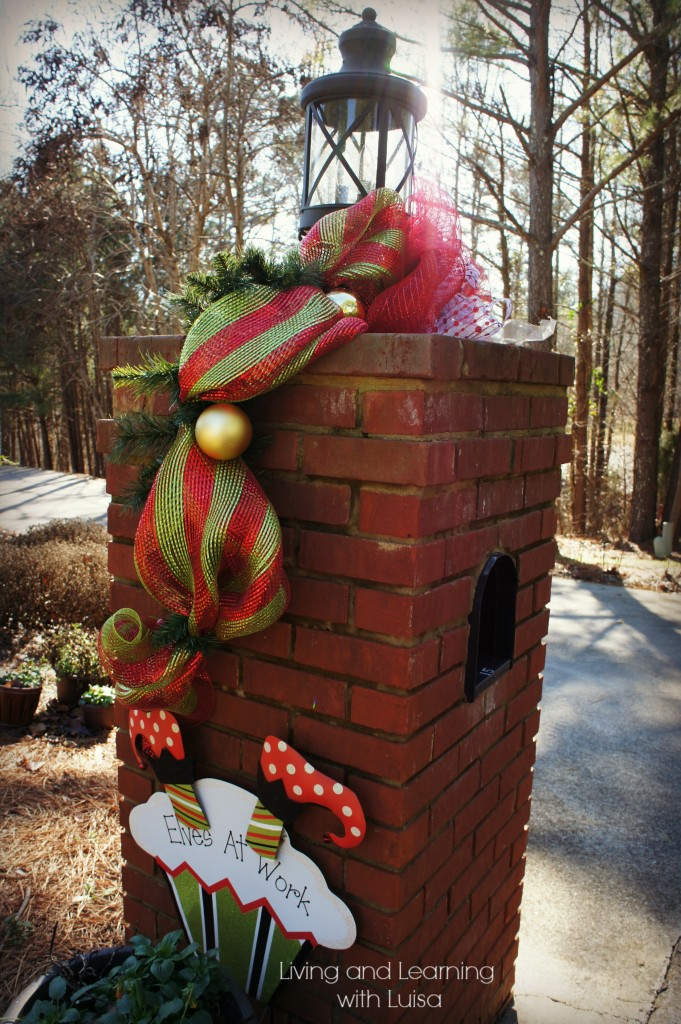 mailbox christmas decor